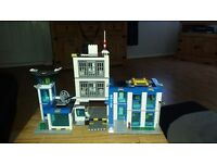 Lego city police station and artic helicopter