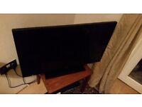 "Panasonic (TX-32C300B) 32"" LED TV"