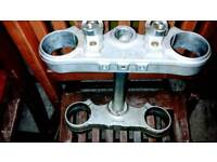Ktm 450 exc f 2015 triple clamps oem. Off ktm 450 excf 2015, 20hrs use, exellent condition.