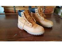 Timberlands boots size 4.5 uk