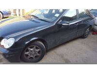 Mercedes C220,C200,W203,C class,spares,breaking,parts