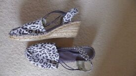 Ladies summer leopard print canvass wedge shoes size 39