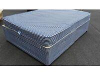 4ft6 standard double divan devan bed set and mattress. Unmarked matress