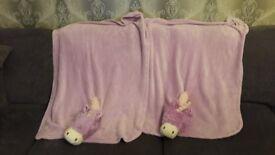 Pillow pets blankets