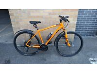 Specialized Crosstrail Sport 2016 bicycle (disc brakes, front shock absorber, mud guards and more)
