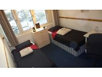 Fantastic Twin Bedroom! Brand New House ! AVAILABLE NOW !