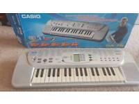 Casio SA-75 mini keyboard