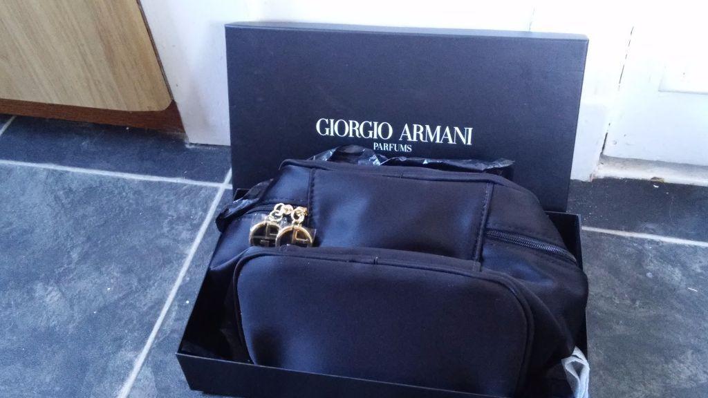 b61460f8b4a9 Giorgio Armani Parfums Boxed Toiletry Bag
