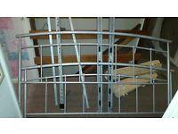 Kingsize metal frame bed