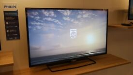 LIKE NEW PHILIPS 32 INCH FULL HD LED TV 5500 SERIES 32PFT5500/12 with FREEVIEW HD & ANDROID