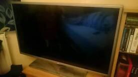 "32"" LG SMART TV"