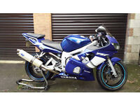 Yamaha R6 blue 2000