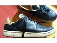 Adidas Black Adam Smith edition ( 9-1/2)