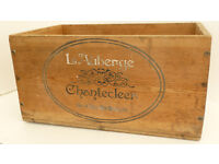 Vintage Pine Box with a French motif.