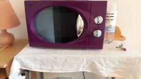 Swan purple color micro oven