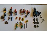 10 Play Mobil knights and assorted accessories