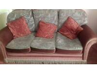 Pinky 3 seater settee and 2 matching chairs