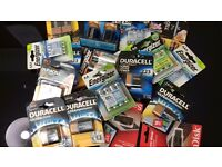 Joblot of batteries duracell & energizer sizes AA , AAA ; D , cr v3 , 9v camera batties half price