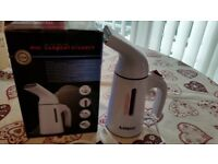 Hand Held Clothes Steamer