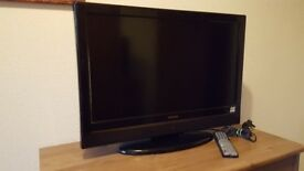 Hitachi Tv/Dvd .26 inchscreen. Excellent working order.