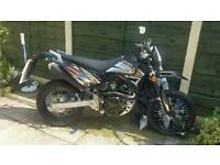 Apache sinnis 125cc motor bike