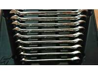 Snap on ratchet spanners 10-19