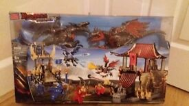 Mega blocks dragon metal ages never been opend £20