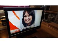 TOSHIBA 37-Inch FULL HD LCD 1080p TV, Built-in Freeview HD,Excellent condition.