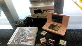 Nintendo dsi complete with games