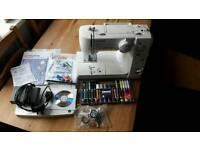 Toyota oekaki rs2000 sewing machine