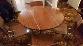 Drop leaf Kitchen Table & 4 Chairs