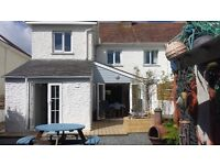 Contemporary family holiday home 3 minute walk to the beach - Bude, North Cornwall Sleeps 8