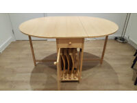 Lovely Butterfly Extendable Oval Table & 4 chairs