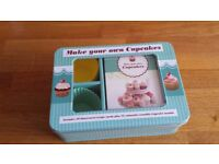 Make your own cupcakes - 50 illustrated recipe cards and 12 cupcake moulds