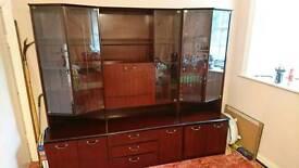 Display cabinet unit