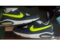 Nike Air - Size 12