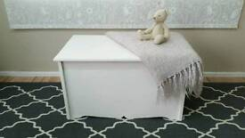 Shabby chic solid pine blanket toy box