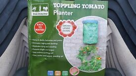 Toppling Tomato planters ( hang upside down )
