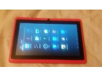 A PINK Android ET7-17 TABLET / AS BUILT IN CAMERA AND HDMI / CASH OR SWAPS