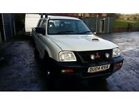 breaking mitsibushi L200 4 work turbo diesel manual 4x4 parts spares