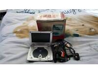 Portable DVD player 7in