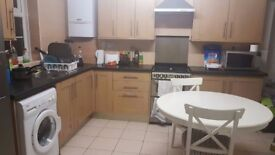 Large, double room, no deposit all bills inclusive 152mb+ wifi