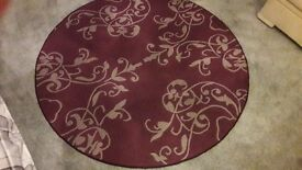 Good quality round carpet rug