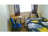 Double room available behind Brighton University