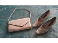 Nearly new Silver / gray Saatchi shoes with matching handbag. Size 5.