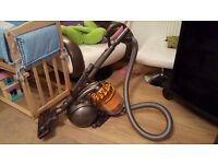 DYSON DC39 BAGLESS HOOVER WITH TOOLS