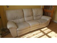Electric 3-seater cream leather sofa