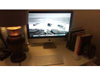 """Apple iMac 21.5"""" in great Condition - 2.5GHZ Quad code i5, 4GB Ram, 500GB hard drive"""