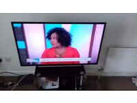Sony 40inc led hd tv slime line and light with alll freeview