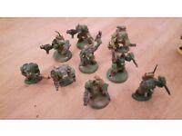9 Warhammer 40k ork boyz painted as kommandos